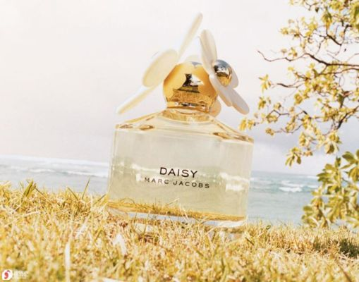 marc-jacobs-daisy-7